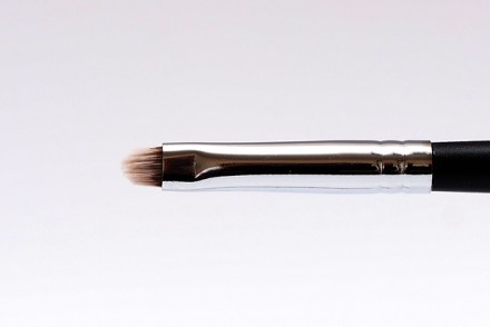 Кисть для прорисовки мелких деталей MAKE-UP-SECRET 723 нейлон: фото